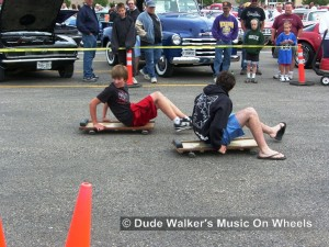 Dude Walkers Music On Wheels Car Show Pics - Floor Creeper Races