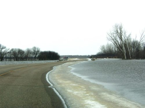 Flood 2009 | Wild Rice Closes One Lane of Cass 16